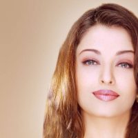 Aishwarya Rai to Get Fuller Lips Naturally