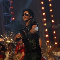 SRK to Rework Parts of Ra.One After Watching Robot