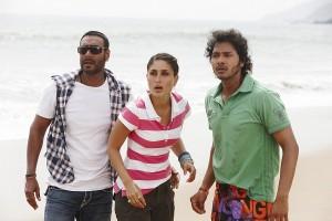 Golmaal 3 - Ajay Devgn, Kareena Kapoor, Shreyas Talpade