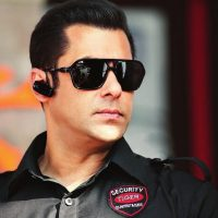 Salman Khan Asks his Bodyguard to Unveil the First Look of Bodyguard