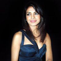 Priyanka Chopra is Hotter than Kareena Kapoor – Shahid Kapoor