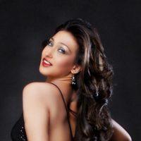 Vidya Balan's Topless Act Copied by Rituparna Sengupta