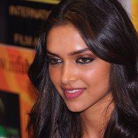 Priyanka Chopra's Fantasy – To Kiss Deepika Padukone