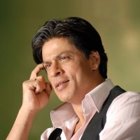 Shah Rukh Khan Skips 2 States and Wants to Work in Hamlet