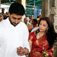 Aishwarya Rai Delivers a Baby Girl !